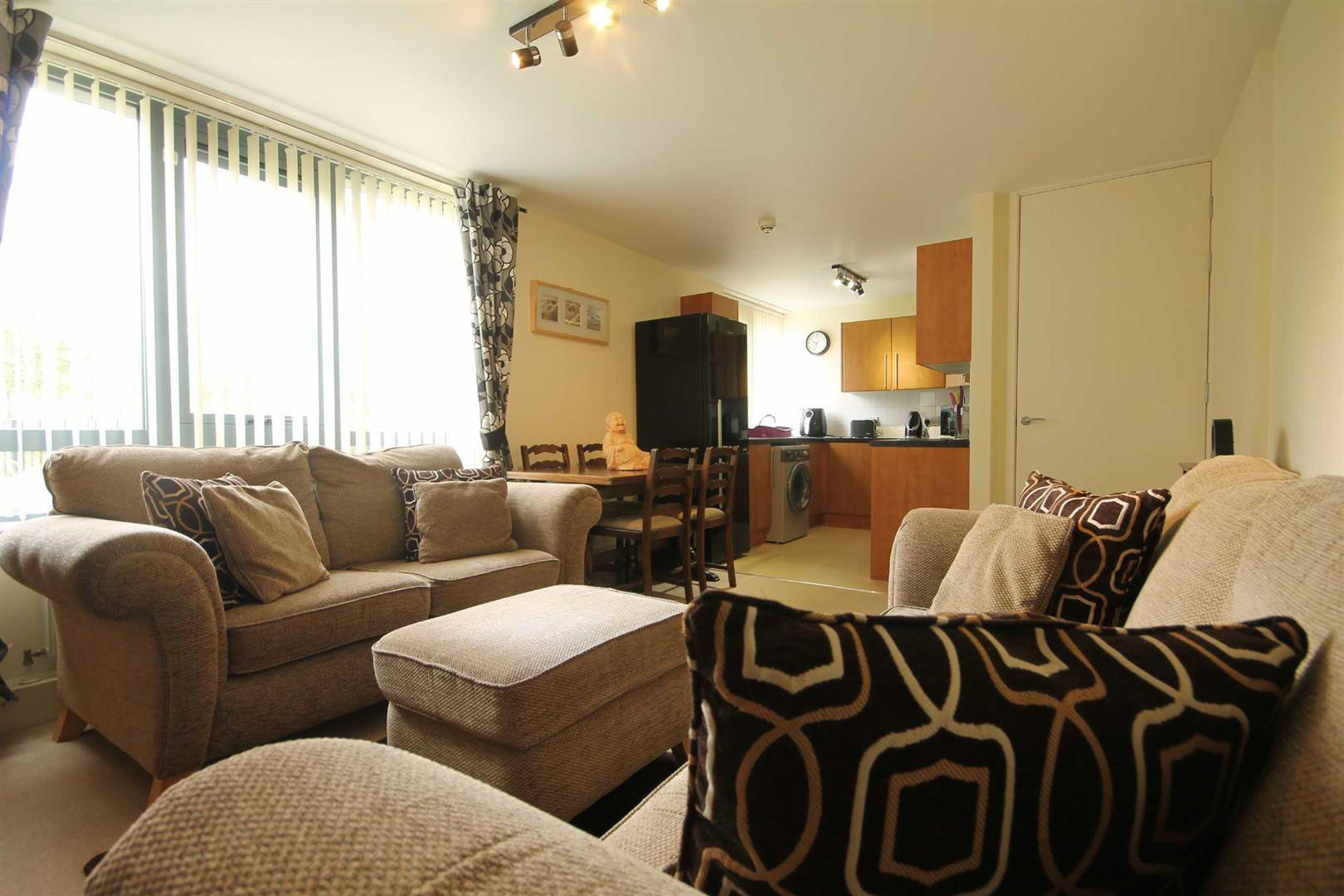 The Cedars Newcastle Upon Tyne, 2 Bedrooms  Apartment ,1 Receptions ,For Sale